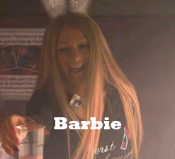 partybus-barbie